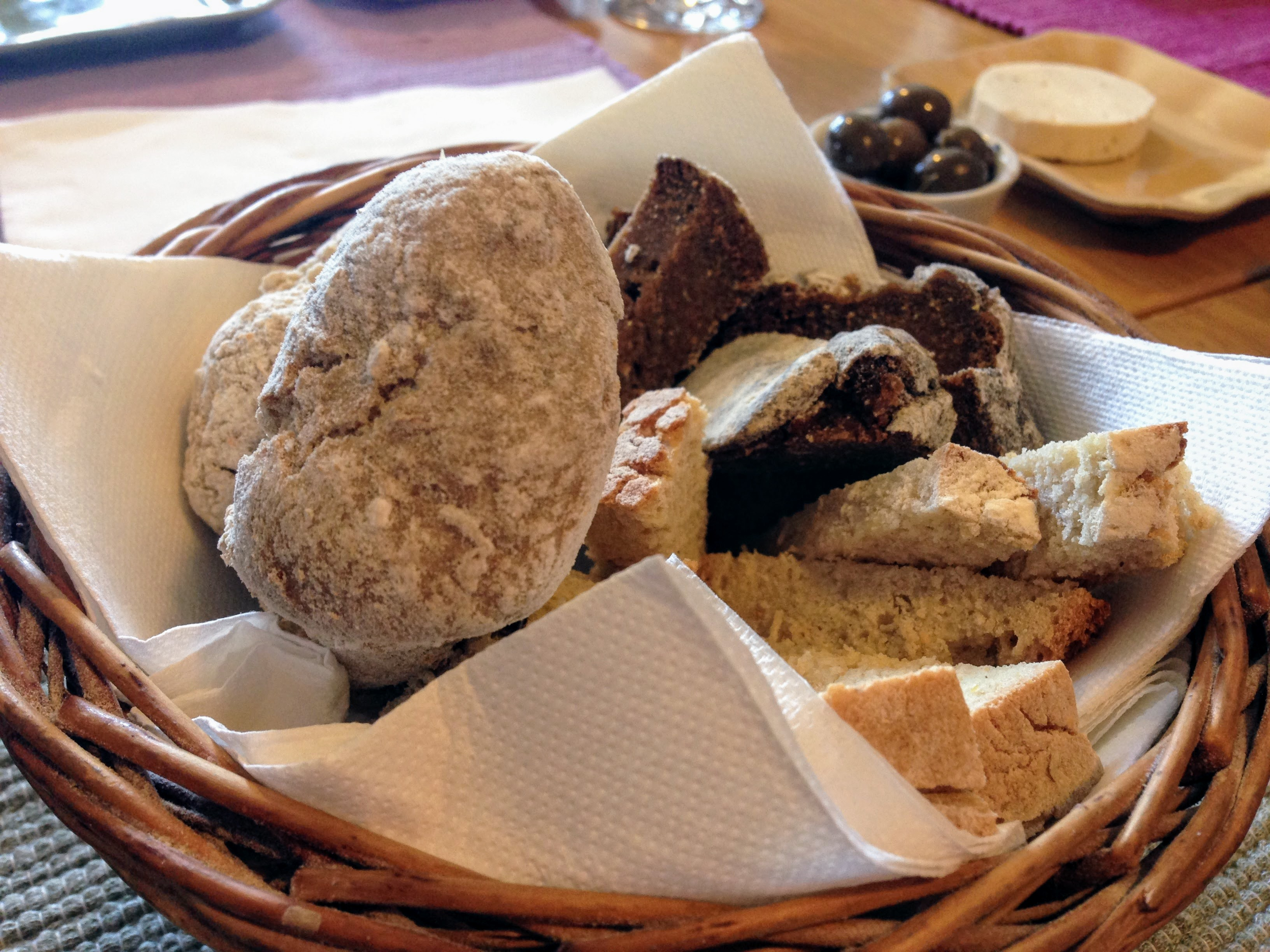 Bacalhau wine & food