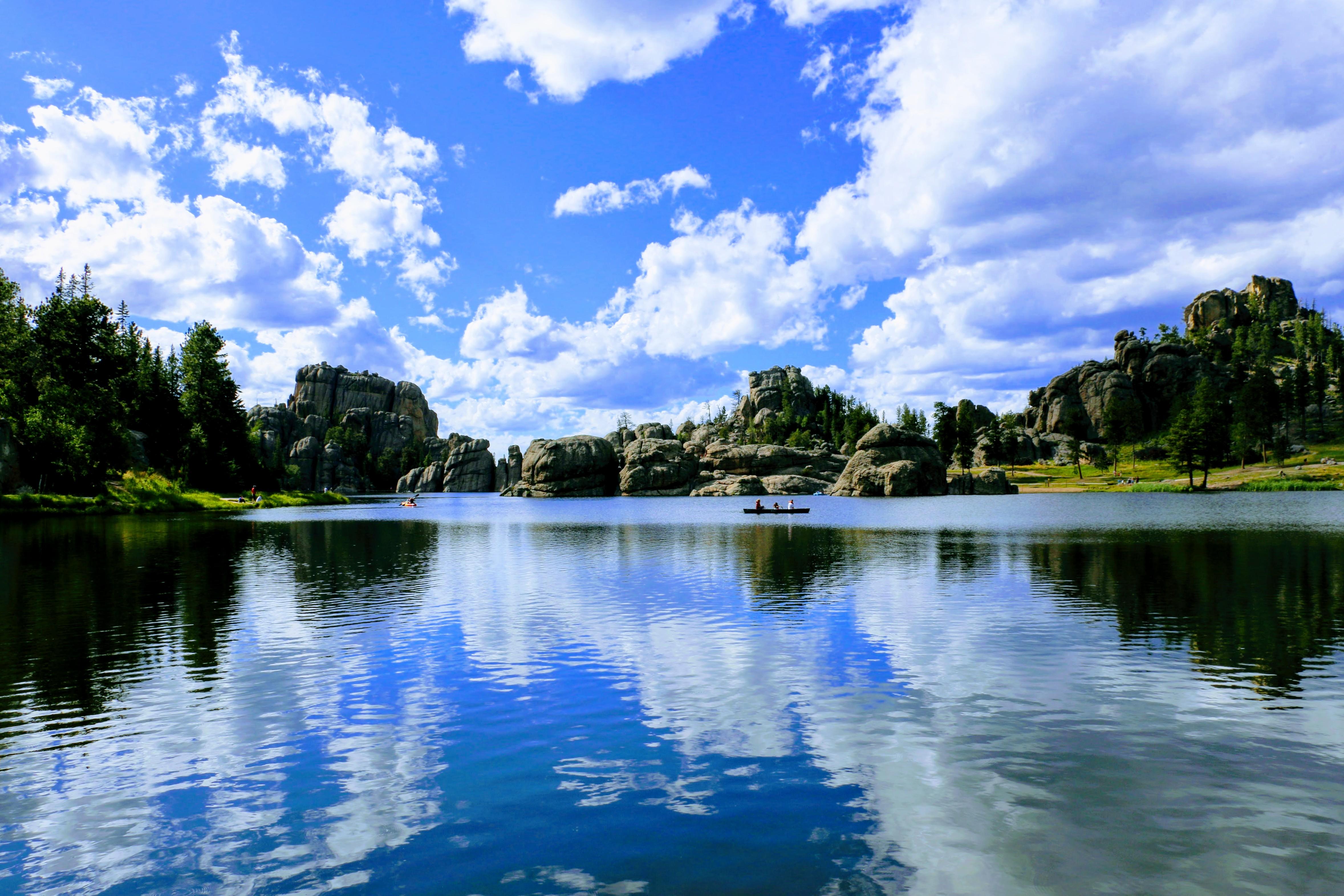 Wolken boven Sylvan Lake
