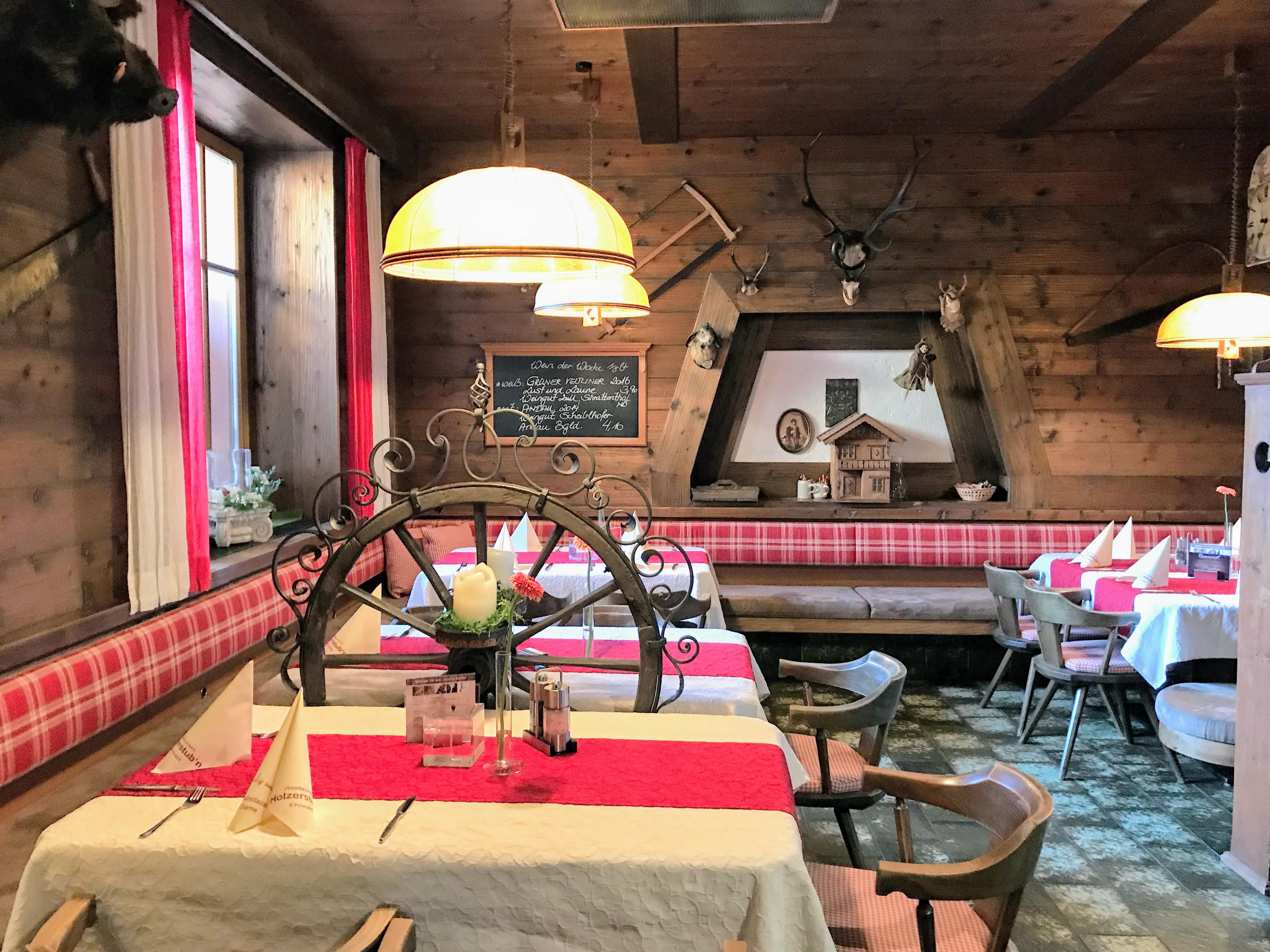 Interieur Restaurant Holzerstubn Ehrwald