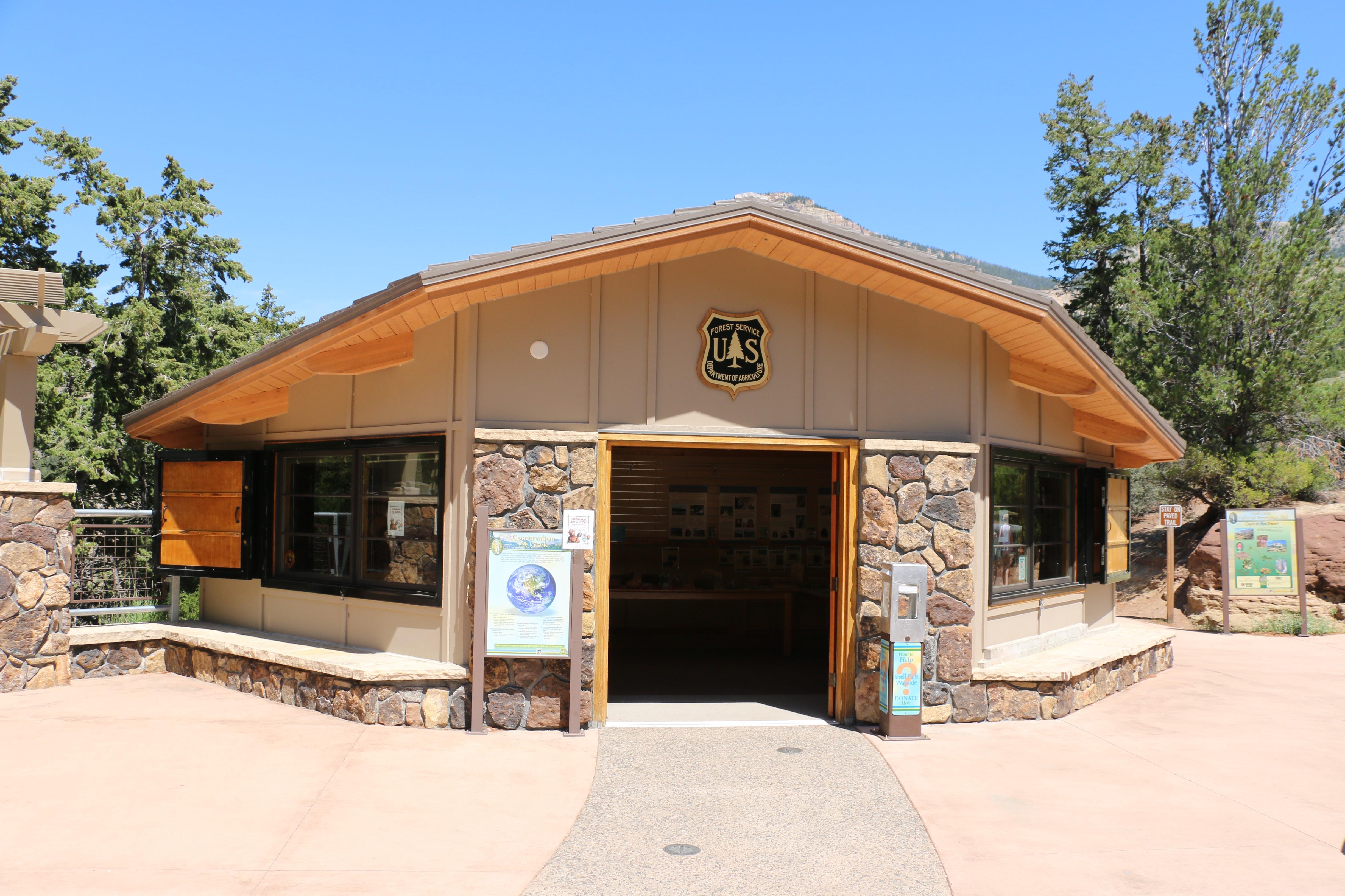 Shell Falls ranger station
