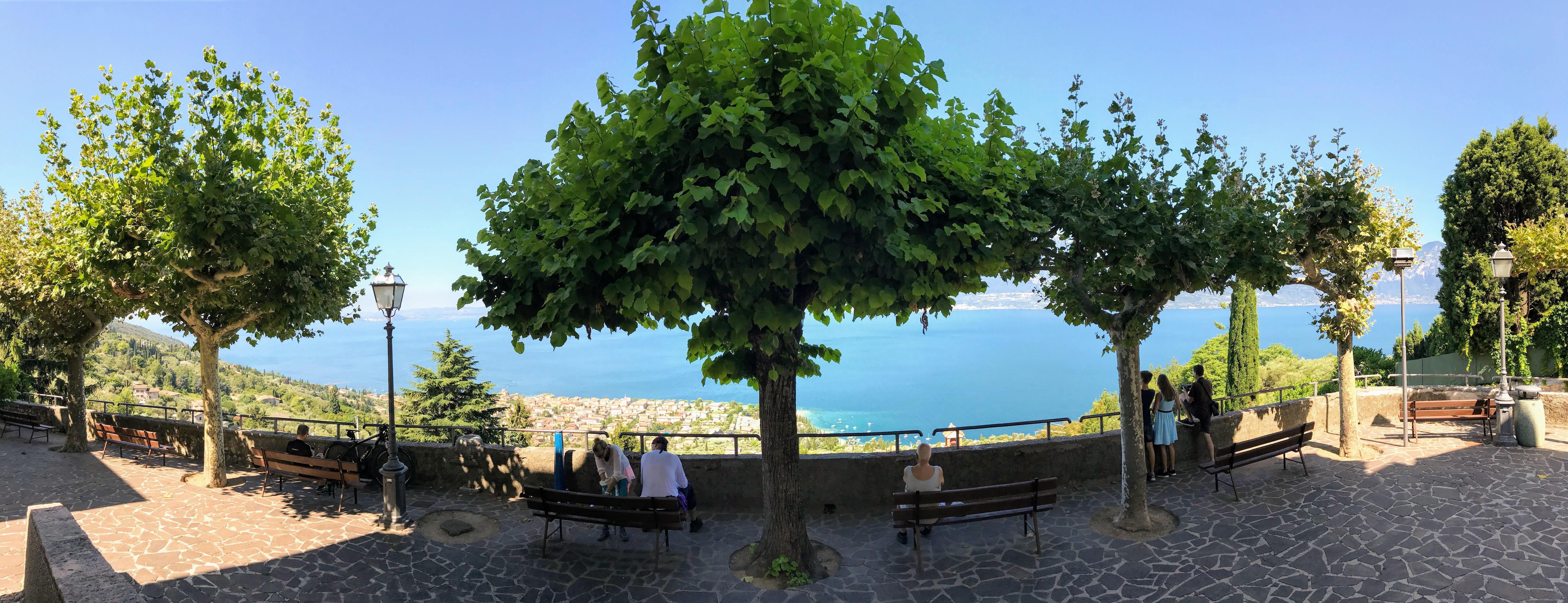 Uitzicht Gardameer Albisano