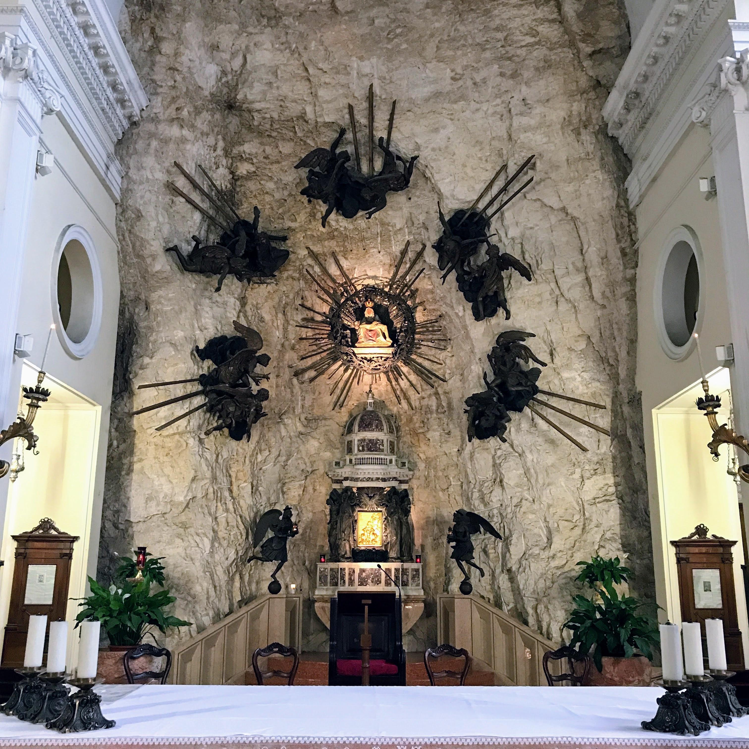 Madonna della Corona binnen