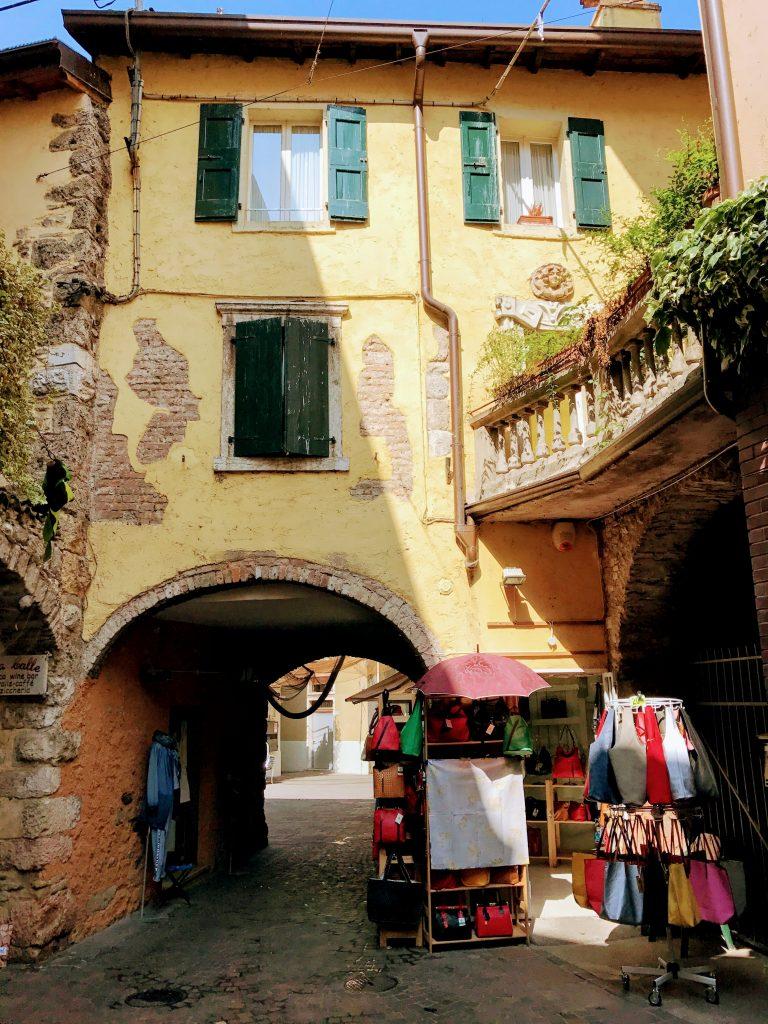 Het centrum van Garda