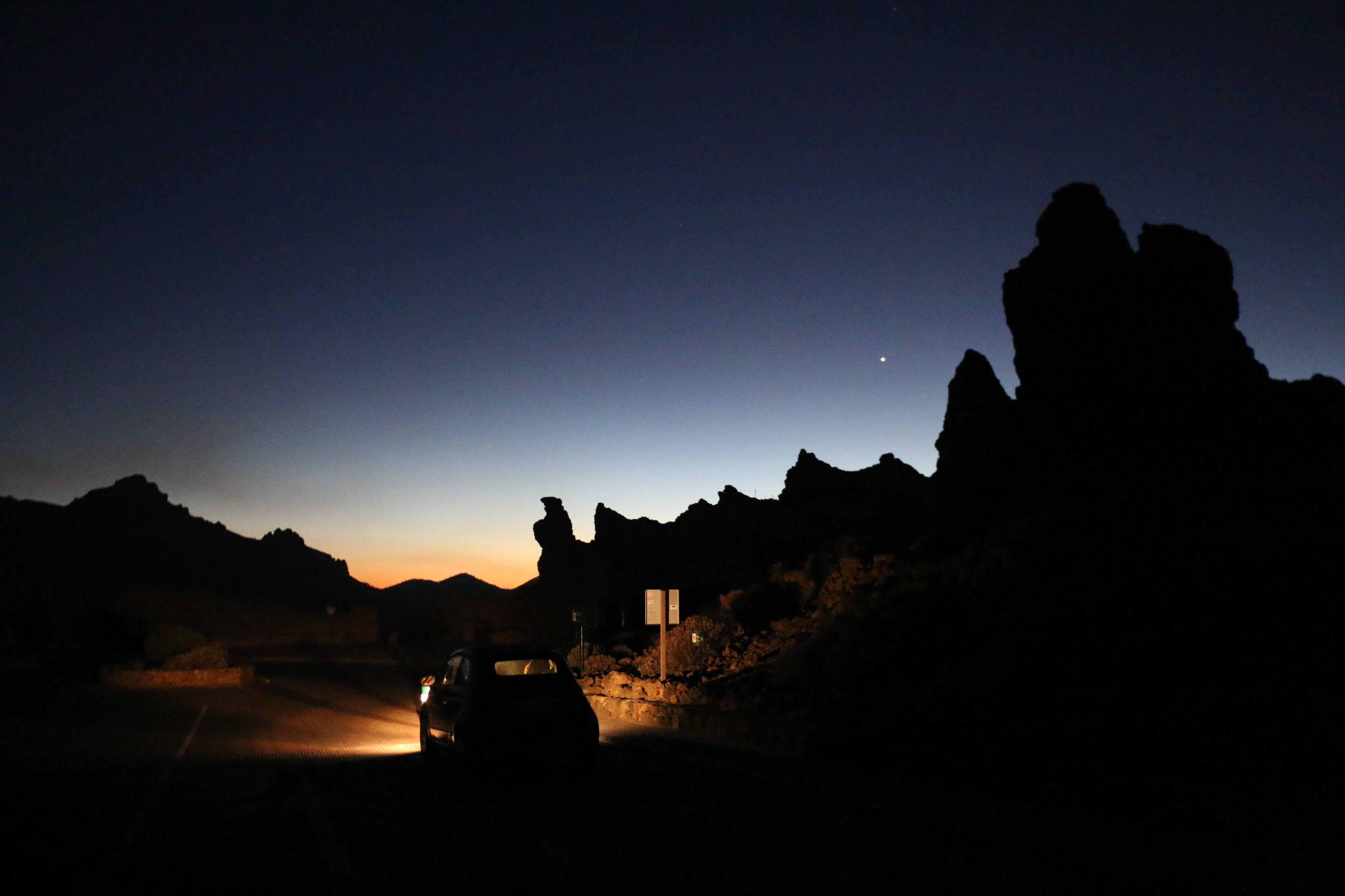 Roques de García by night