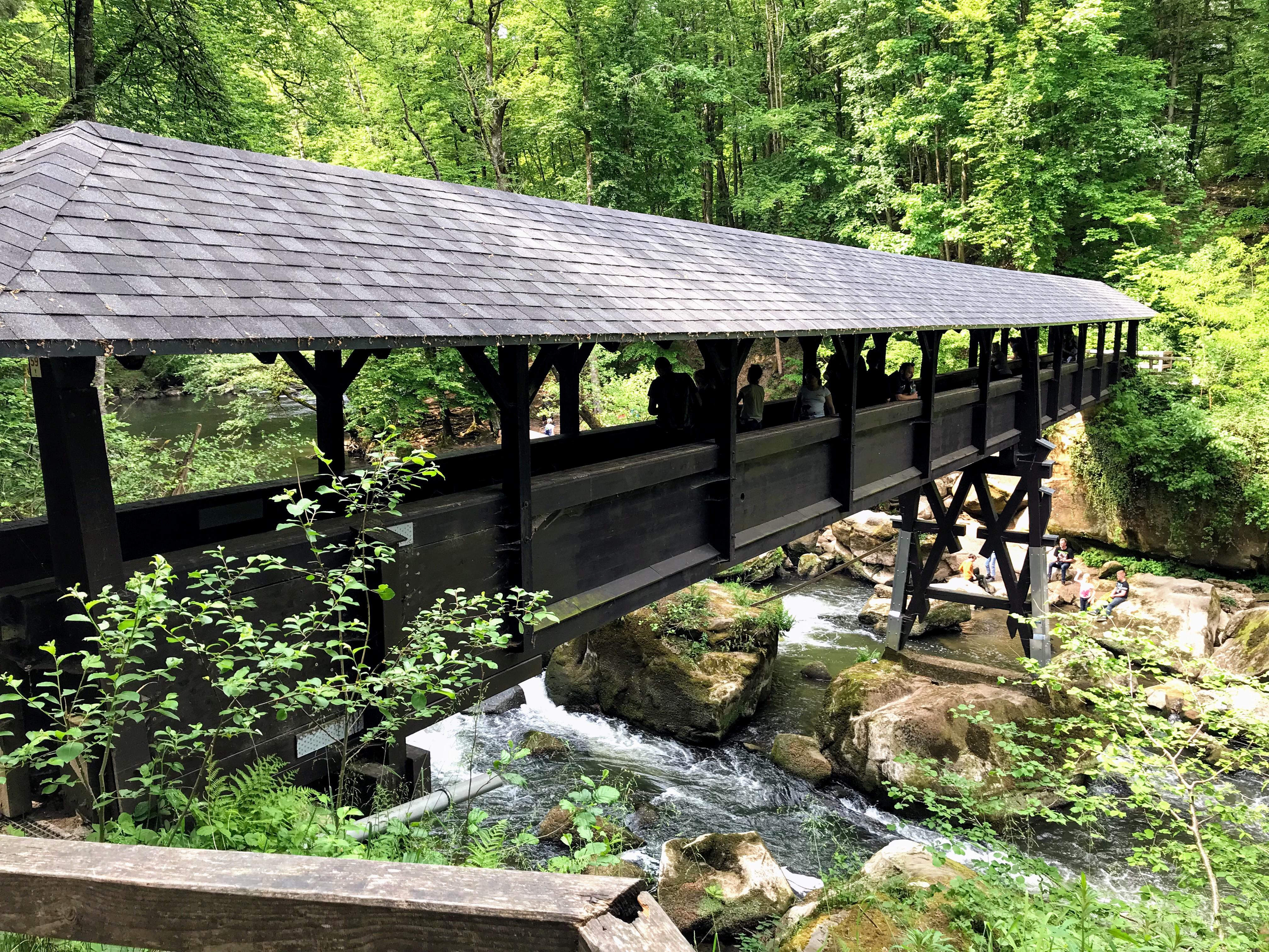 Houten brug Irreler watervallen Eifel