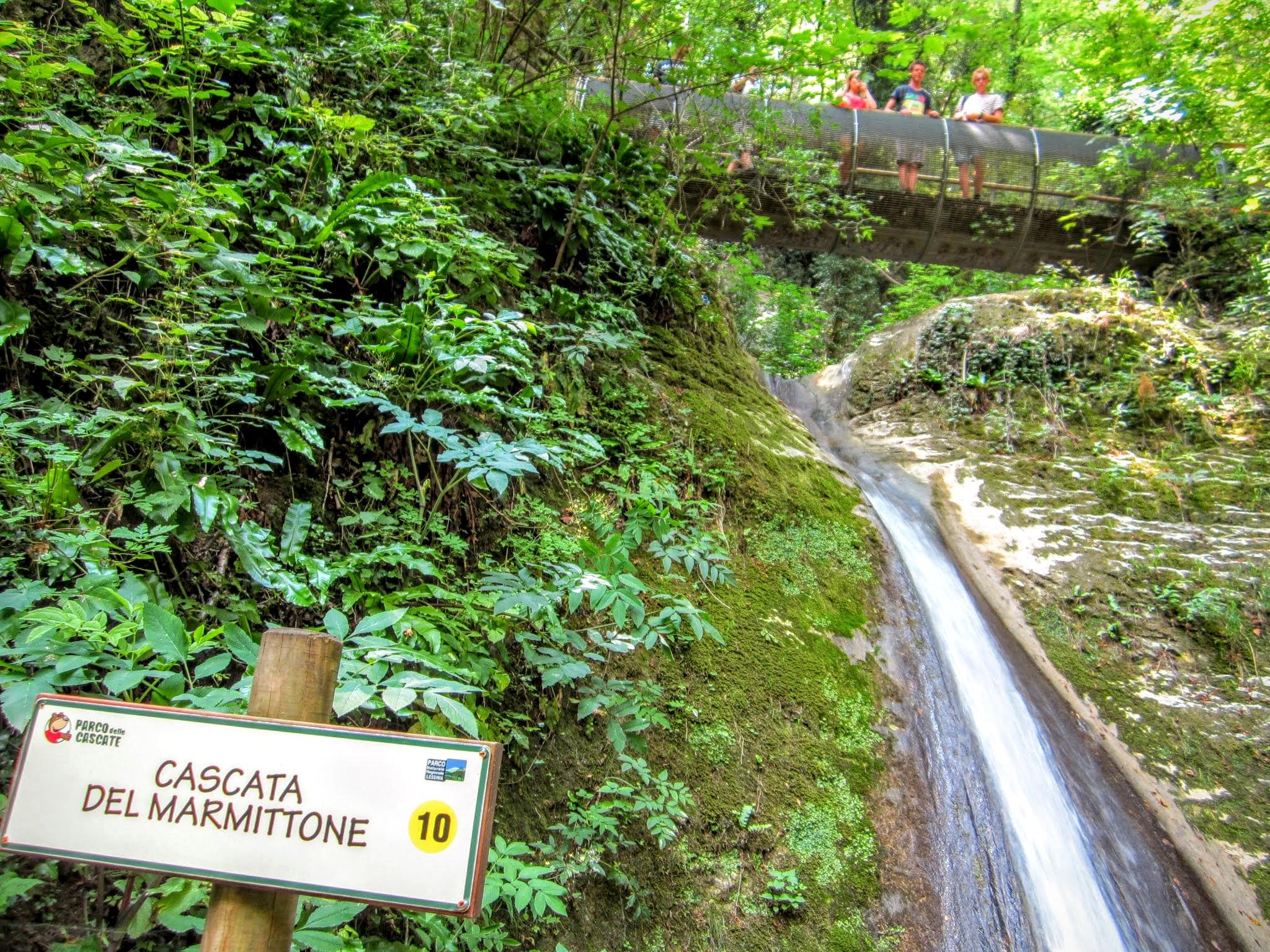 Genummerde watervallen Molina