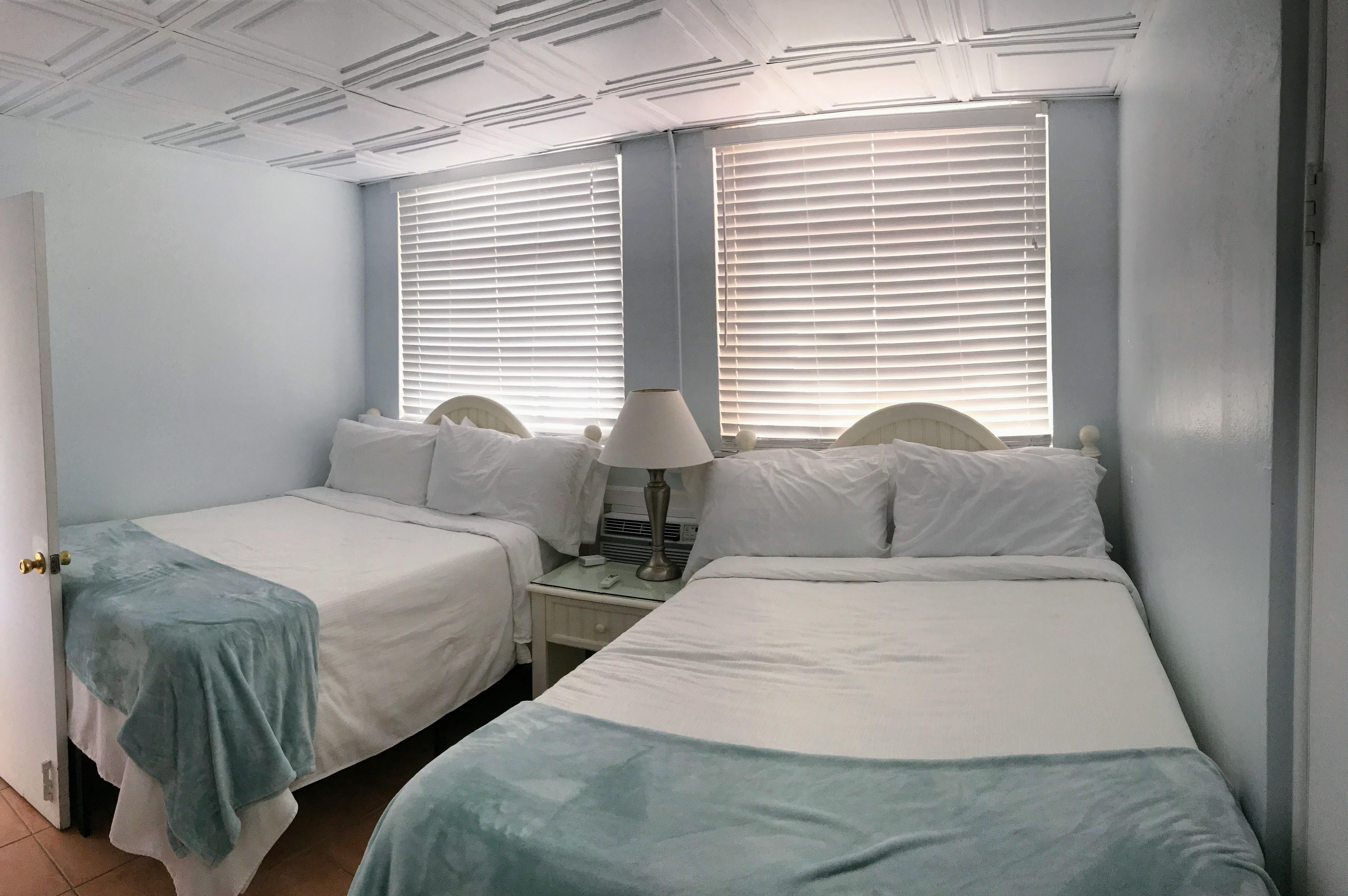 La Jolla Motel slaapkamer