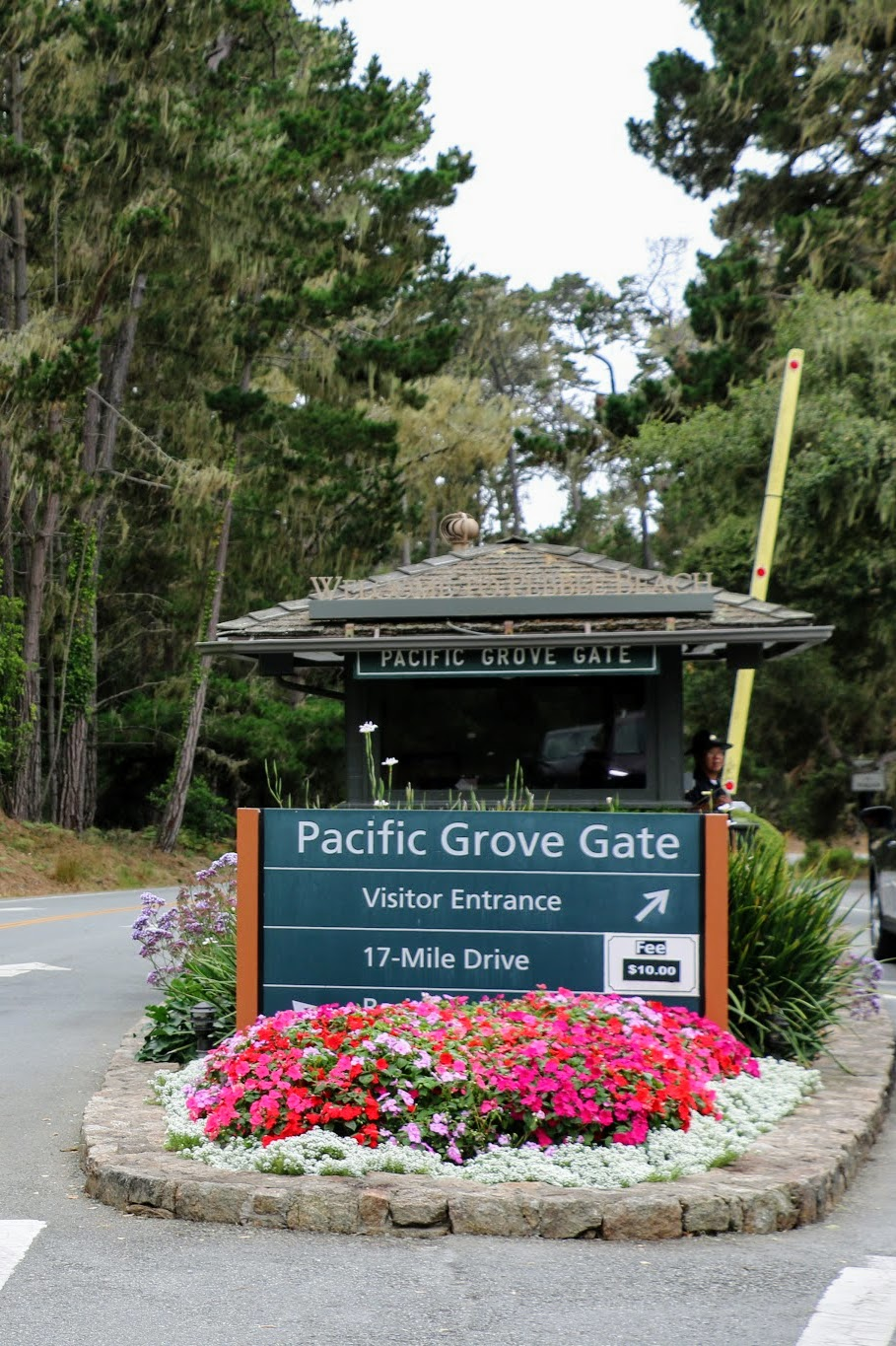 Pacific Grove Gate 17-Mile drive