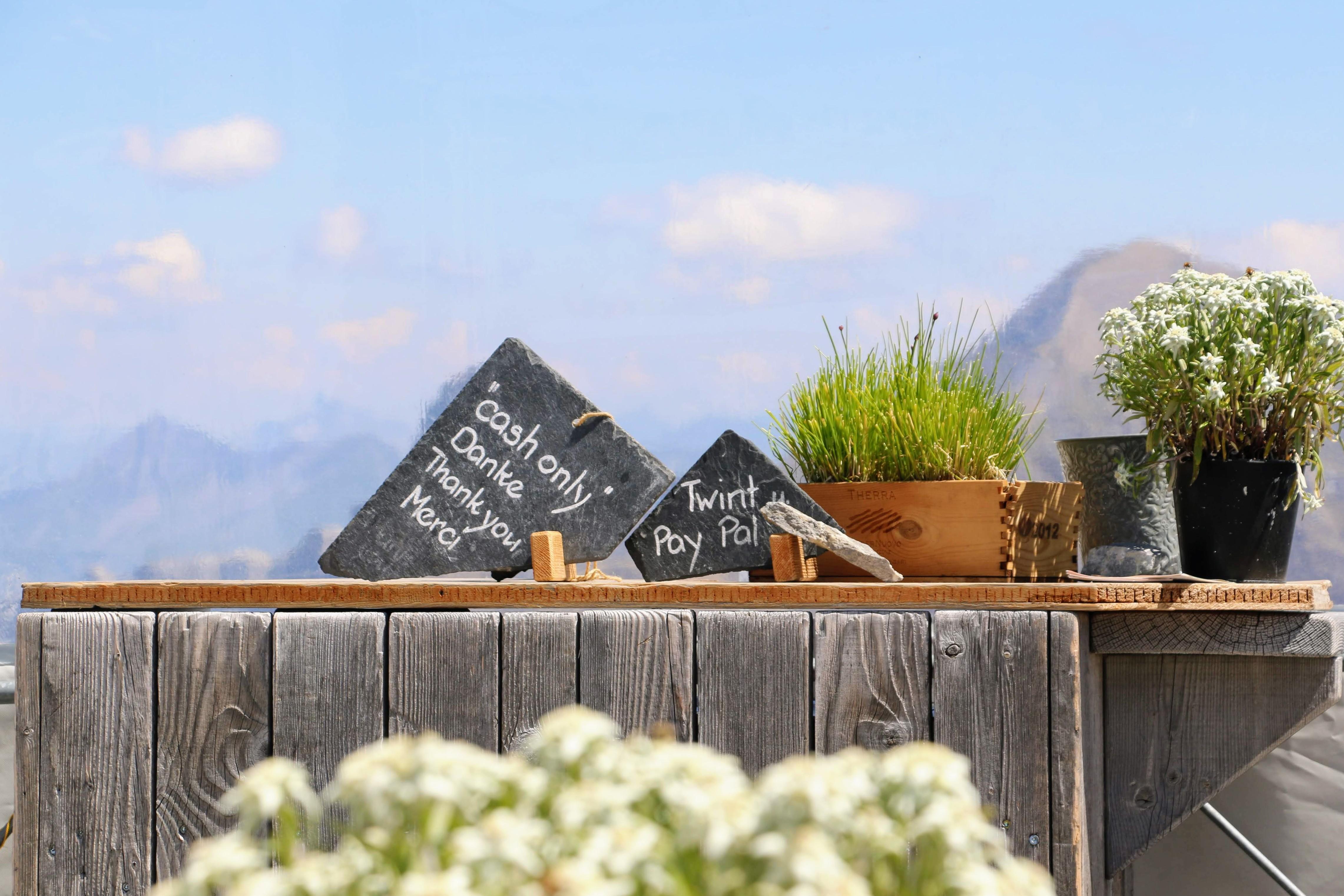 Cash betalen in Zwitserland berghut