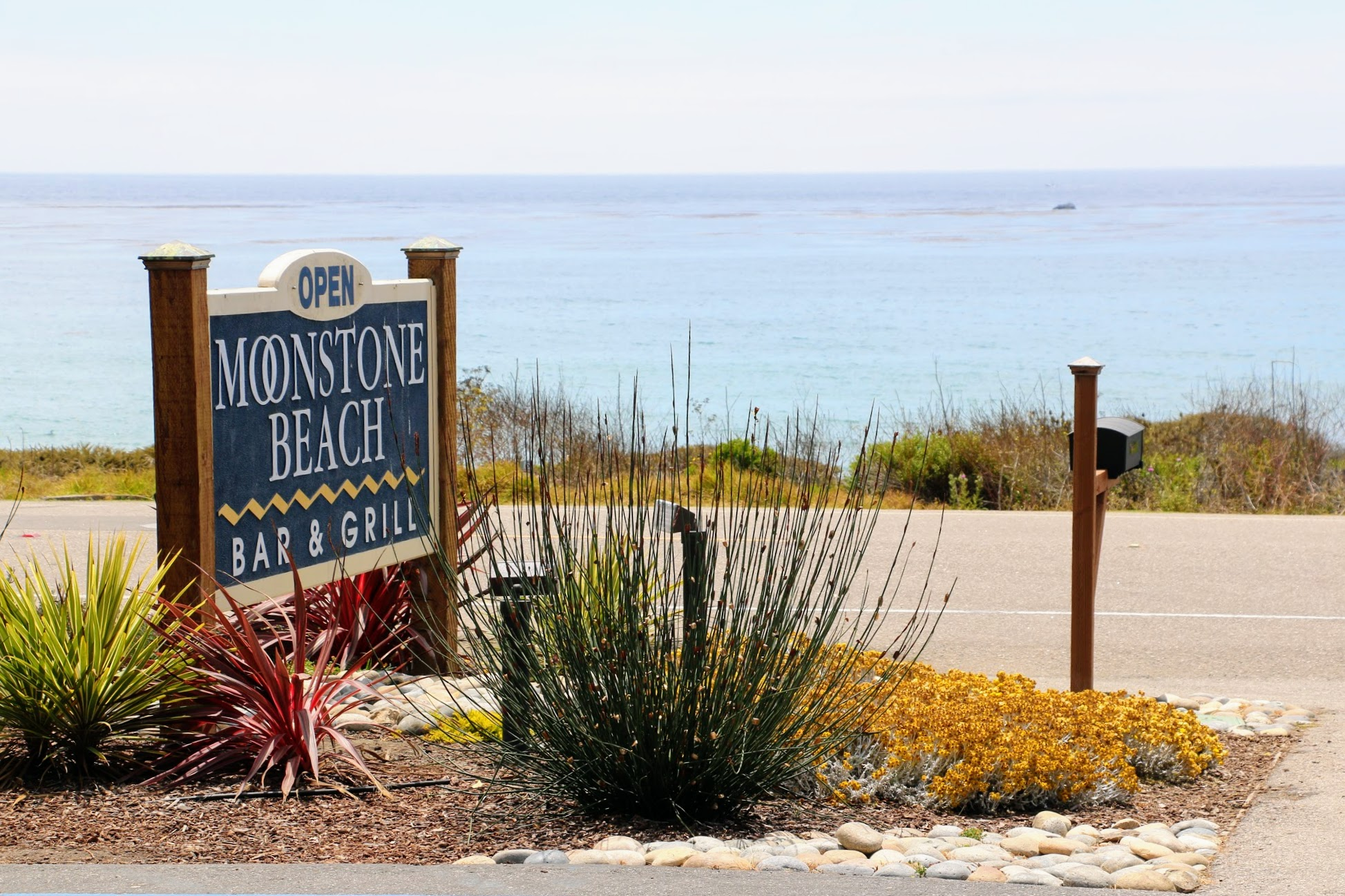 Moonstone Beach Bar and Grill Cambria