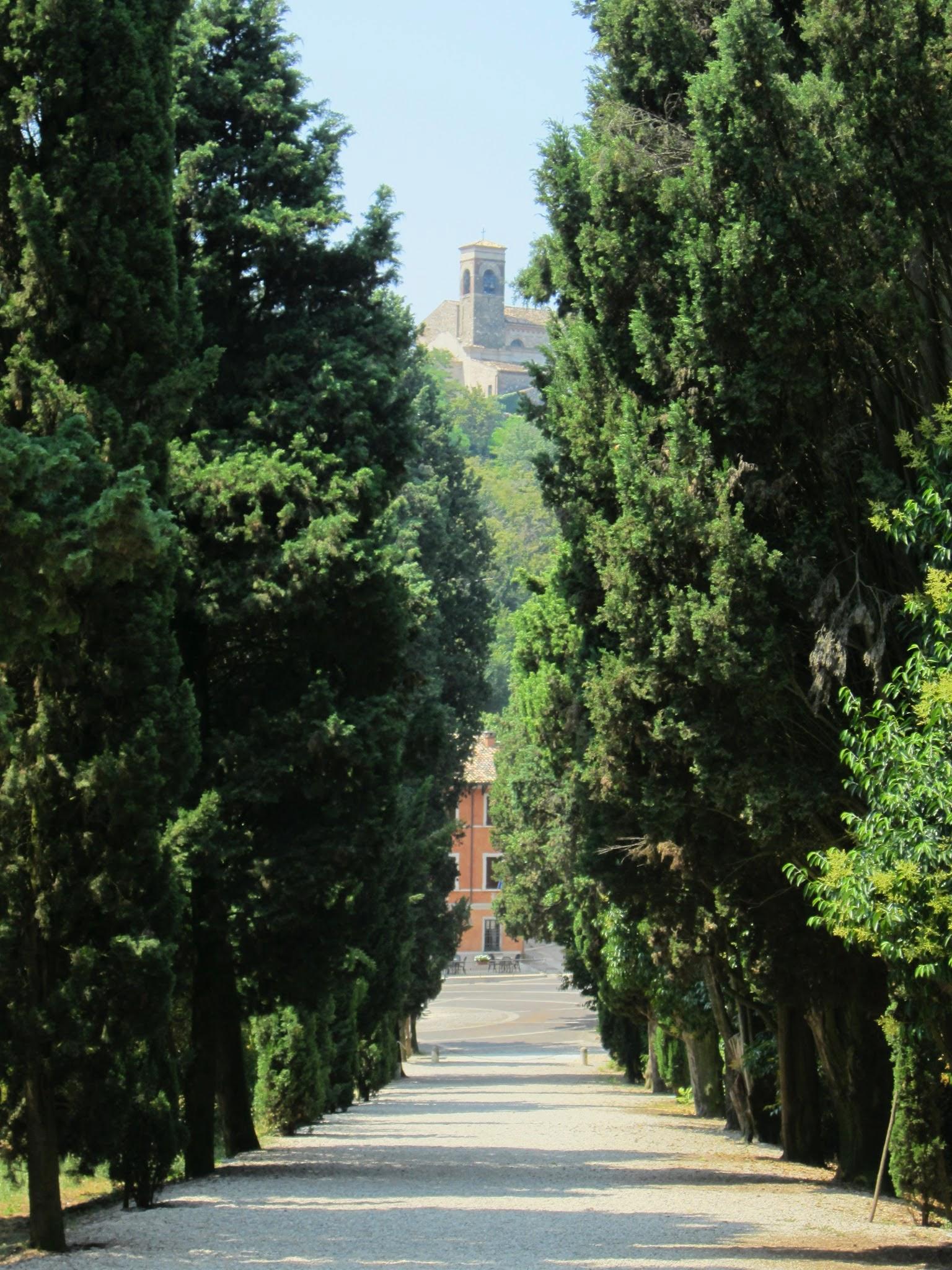 Het kerkje van Solferino aan het Gardameer