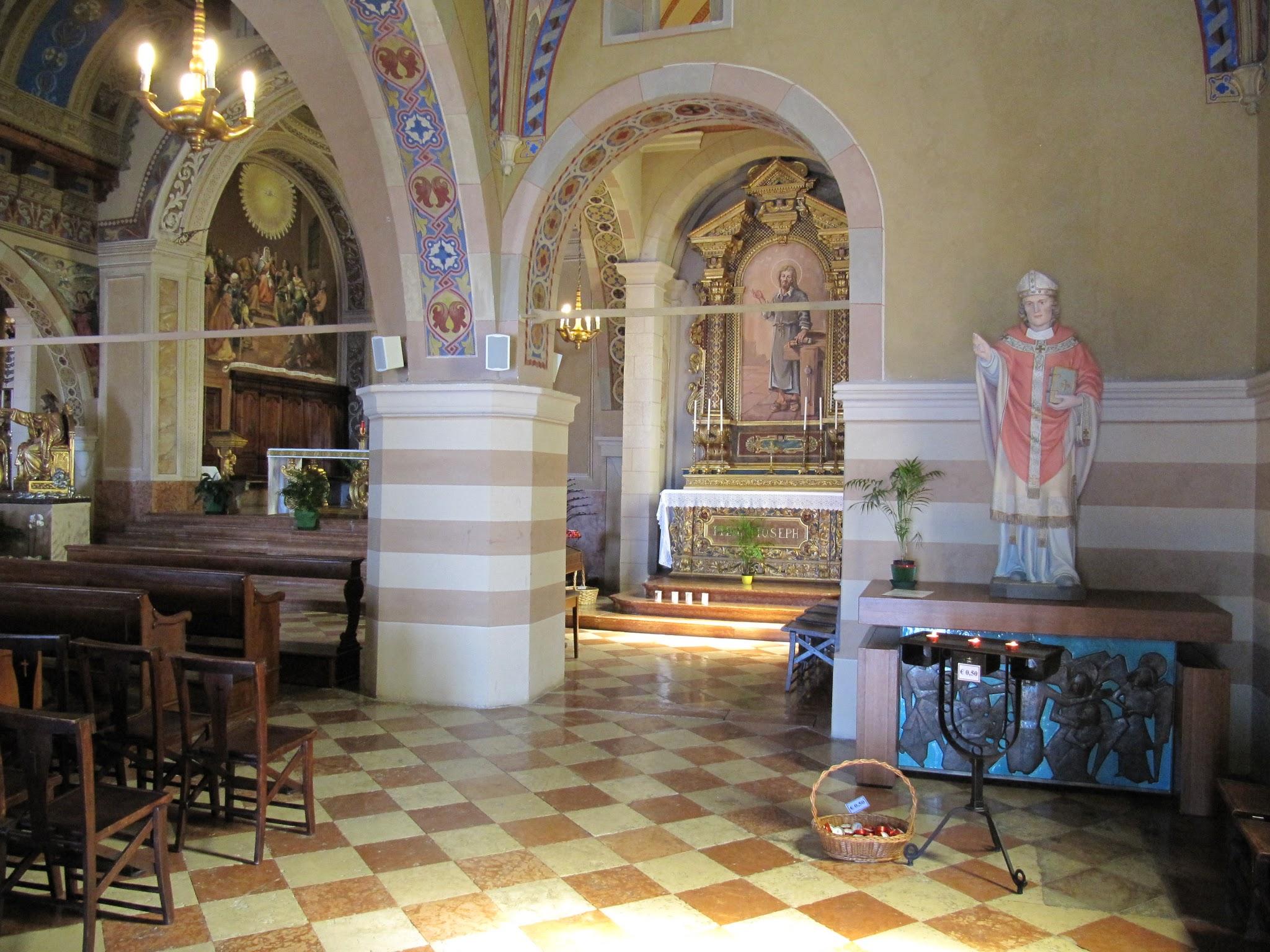 Binnenkant Santuario di Montecastello in Tignale