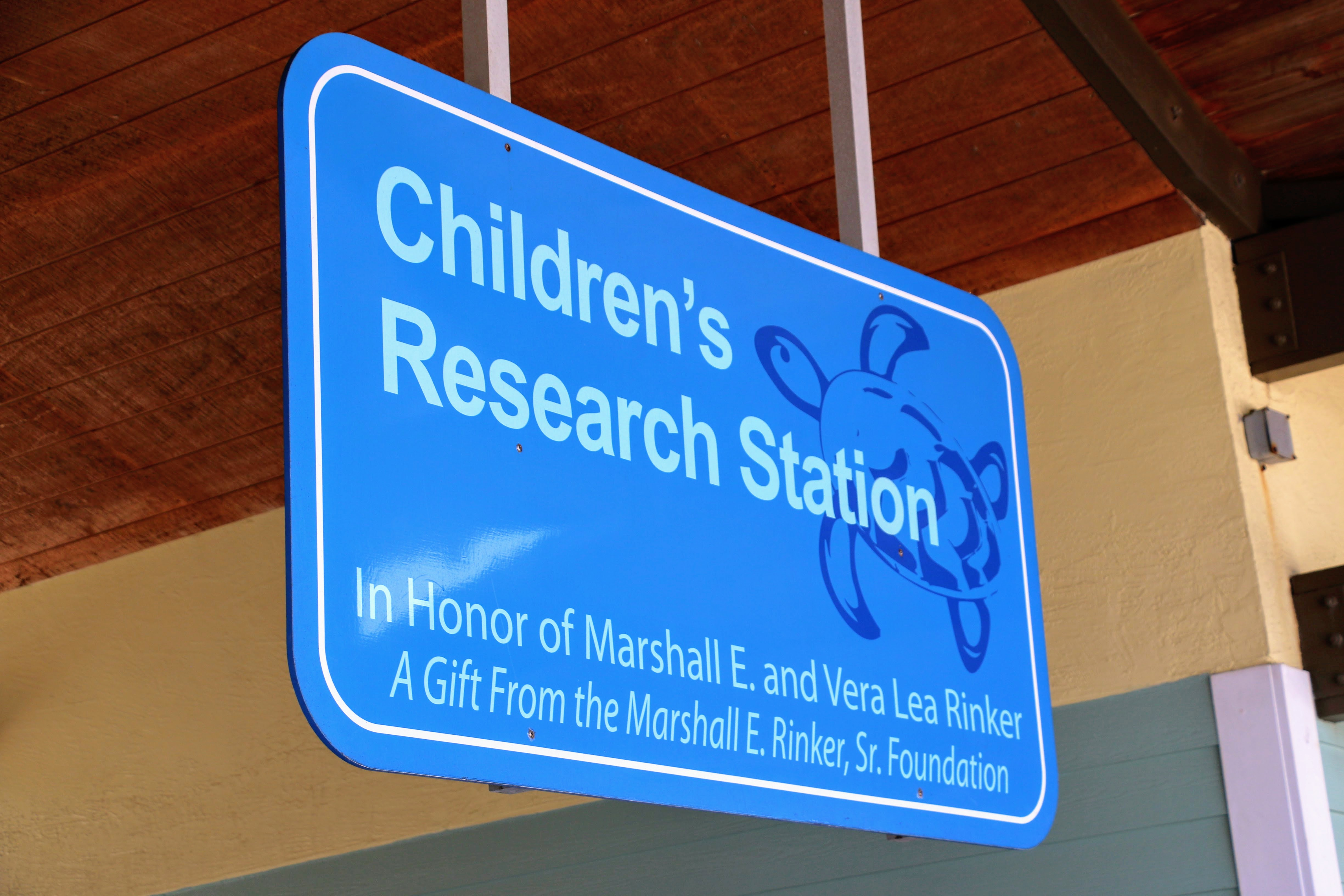 Children's Research Station - Florida met kind