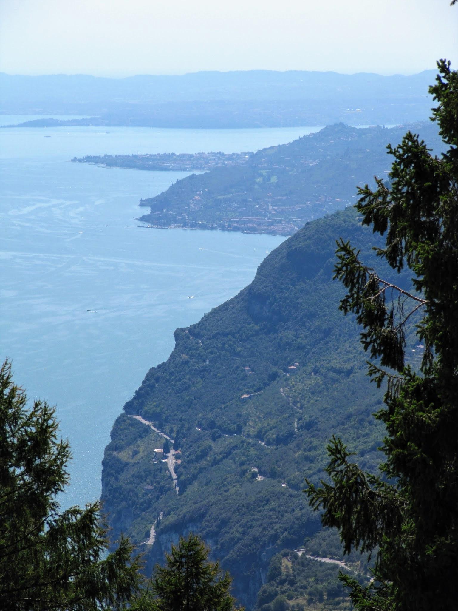 Uitzicht vanaf Santuario di Montecastello in Tignale