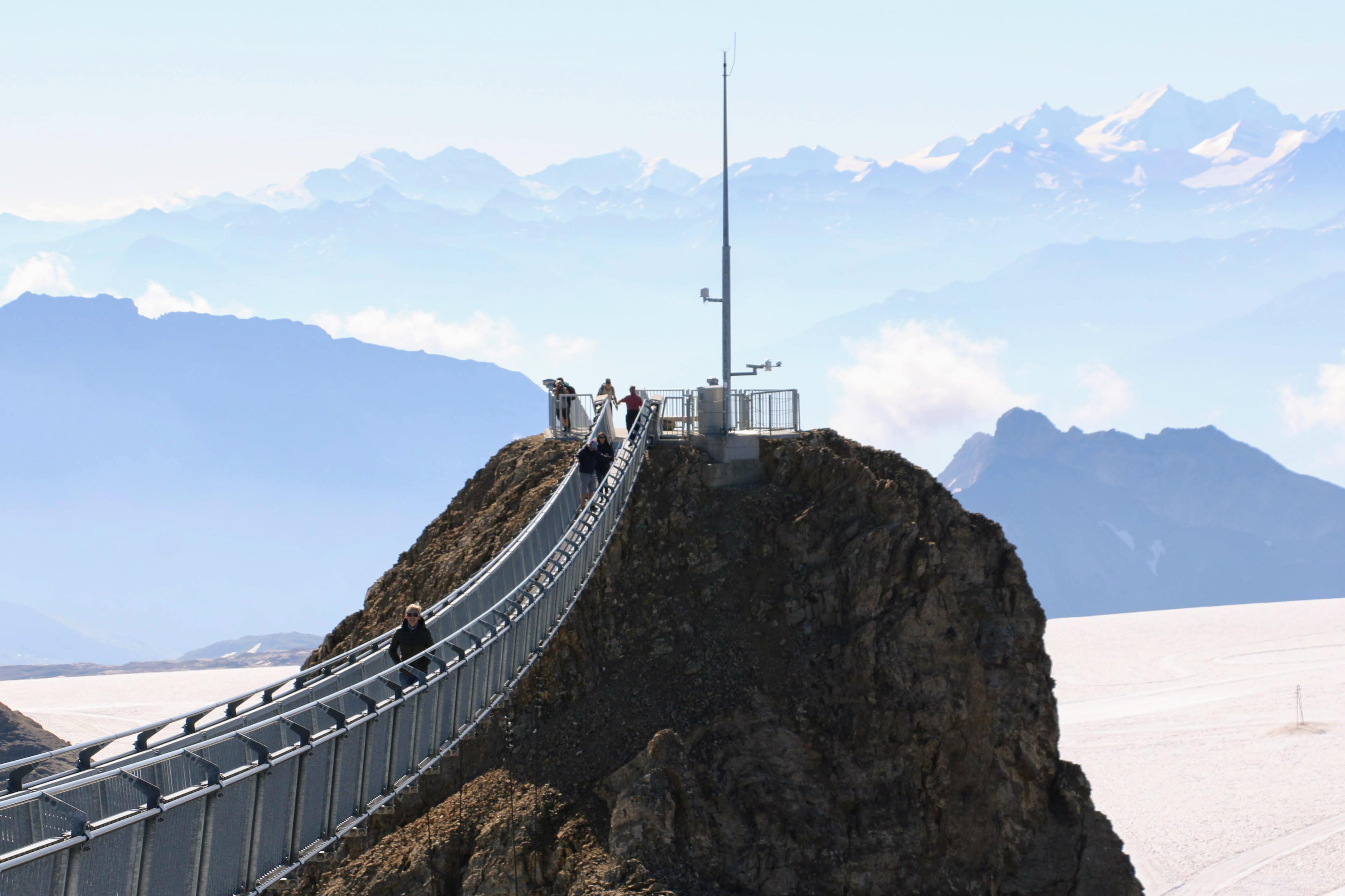 Peak Walk Zwitserland hangbrug
