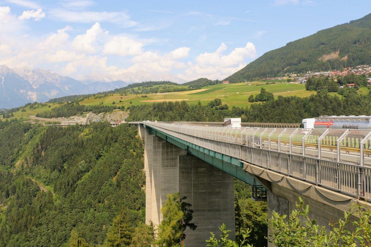 McDonald's Oostenrijk snelweg Europabrug