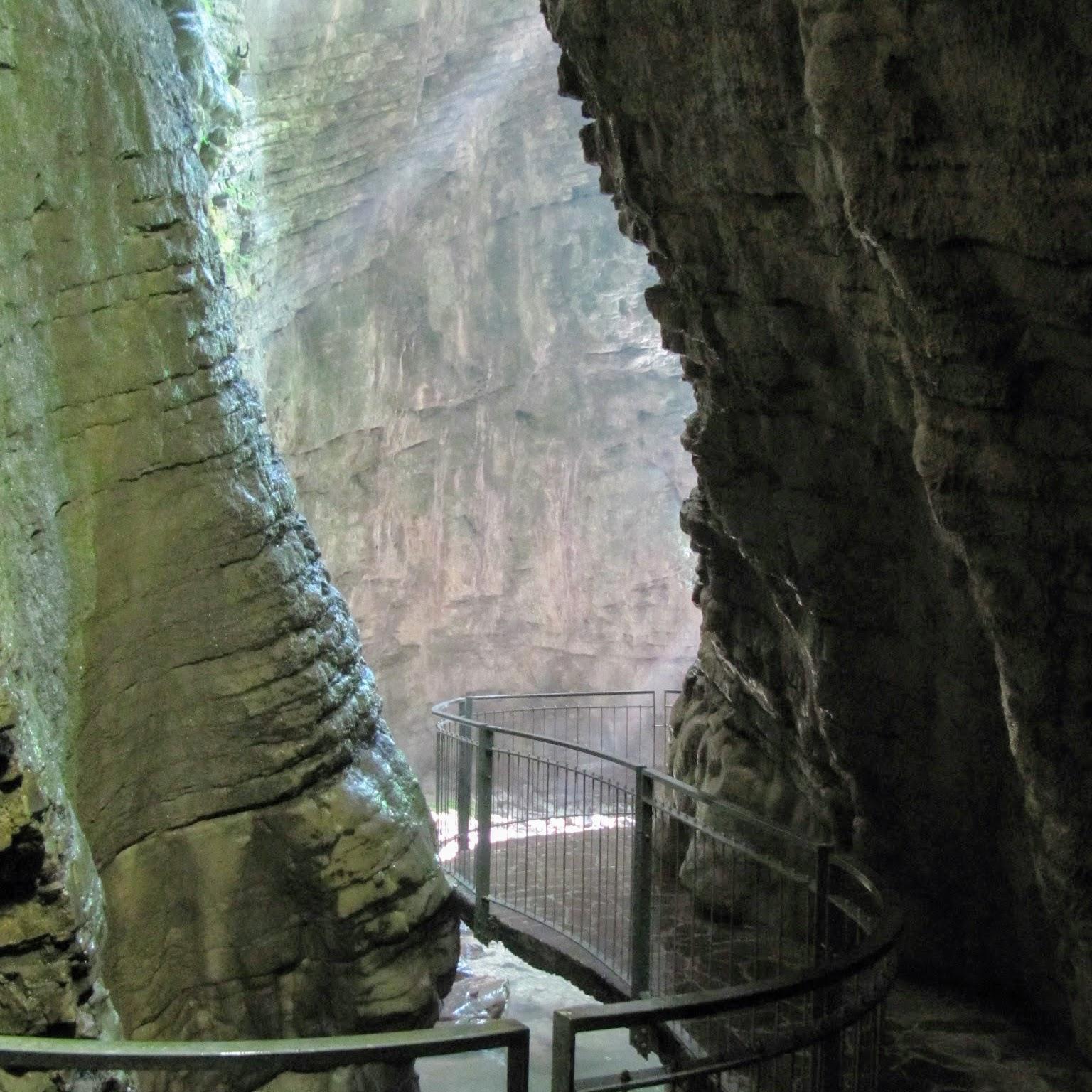 Parco Grotta Cascata del Varone