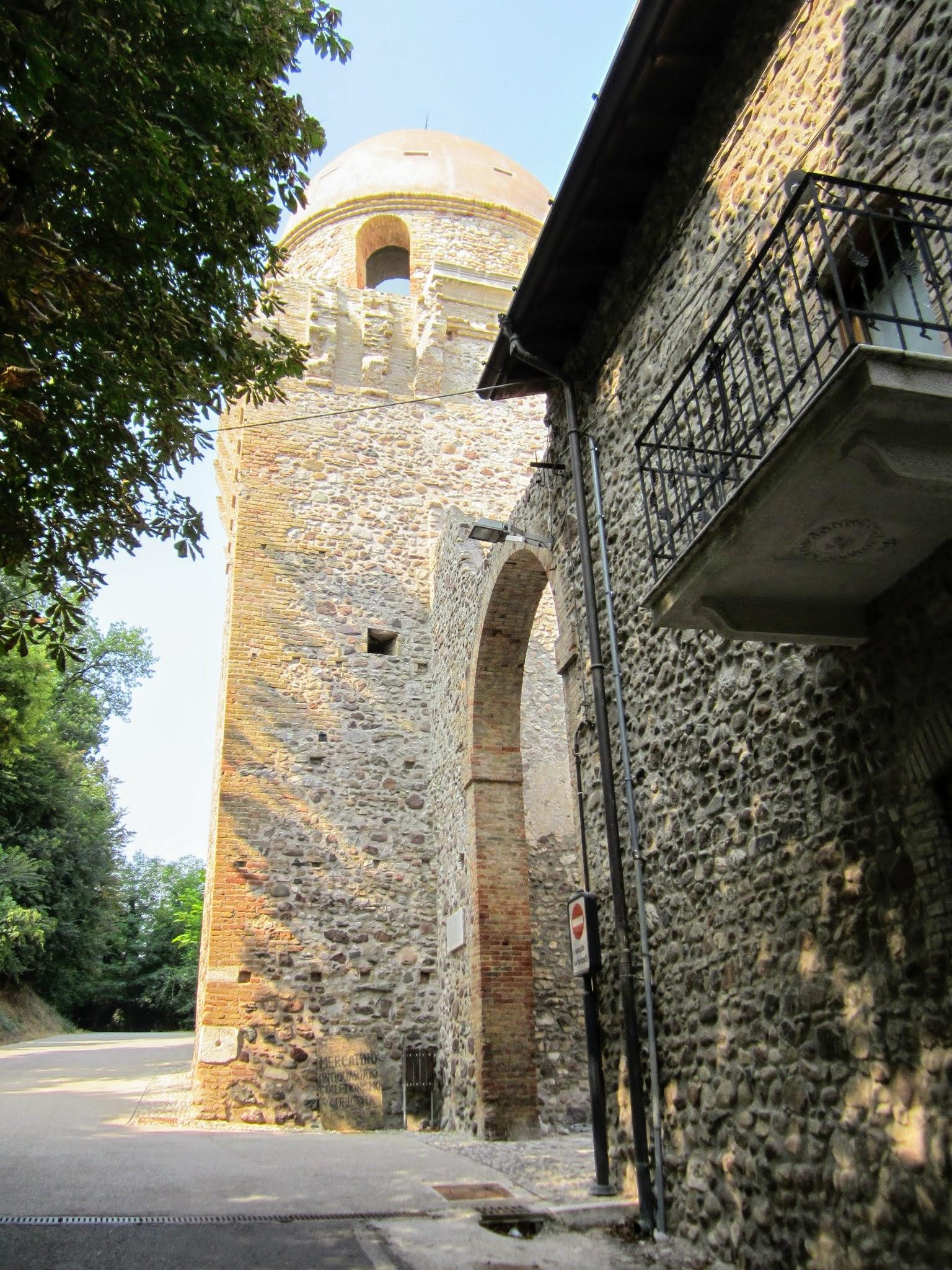 Piazza Castello, 46040 Solferino MN, Italië
