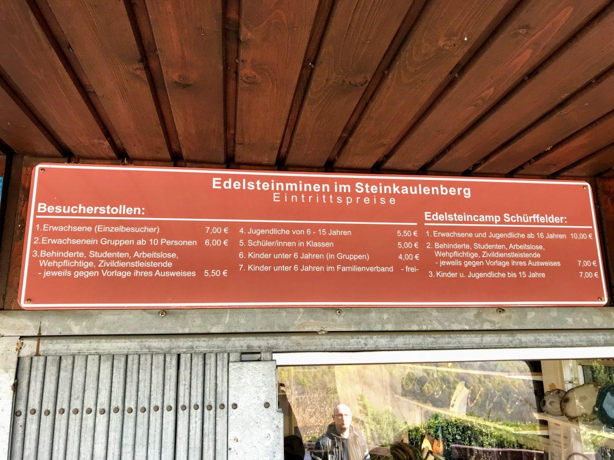 Ingang Edelsteenmijn Steinkaulenberg Duitsland
