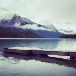 Wandelen aan het Maligne Lake