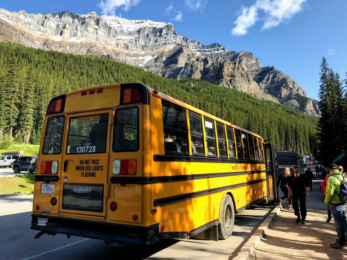Lake Moraine Shuttle Bus