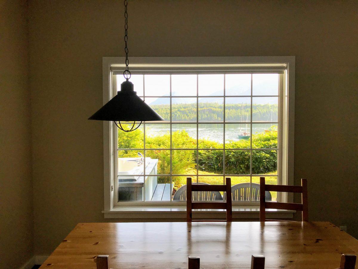 Water's Edge Shoreside Suites uitzicht vanuit de suite