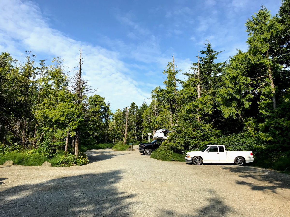Parking Lighthouse loop Ucluelet