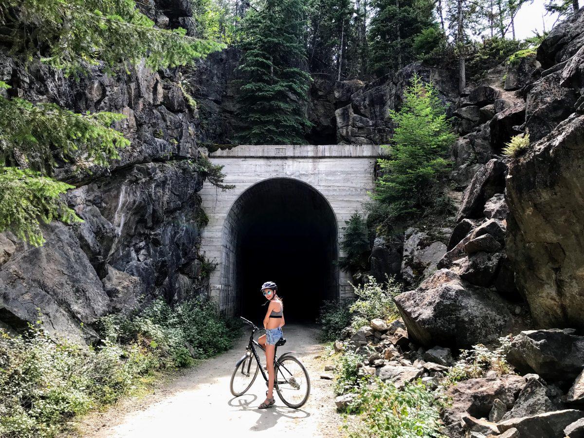 Myra Canyon - fietsen door verlaten spoorwegtunnels