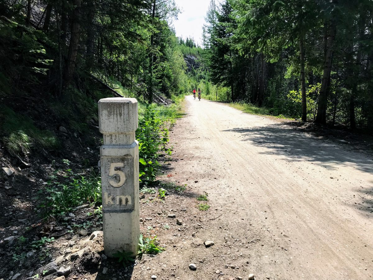 Myra Canyon fietsen - kilometerpaal nr 5