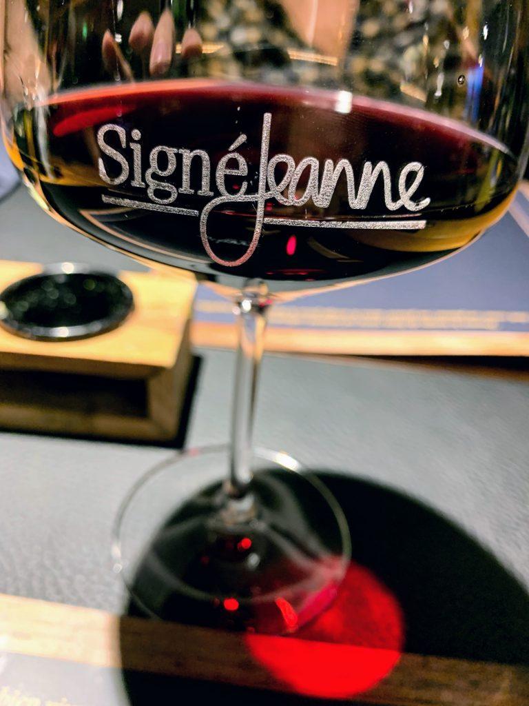 Signé Jeanne