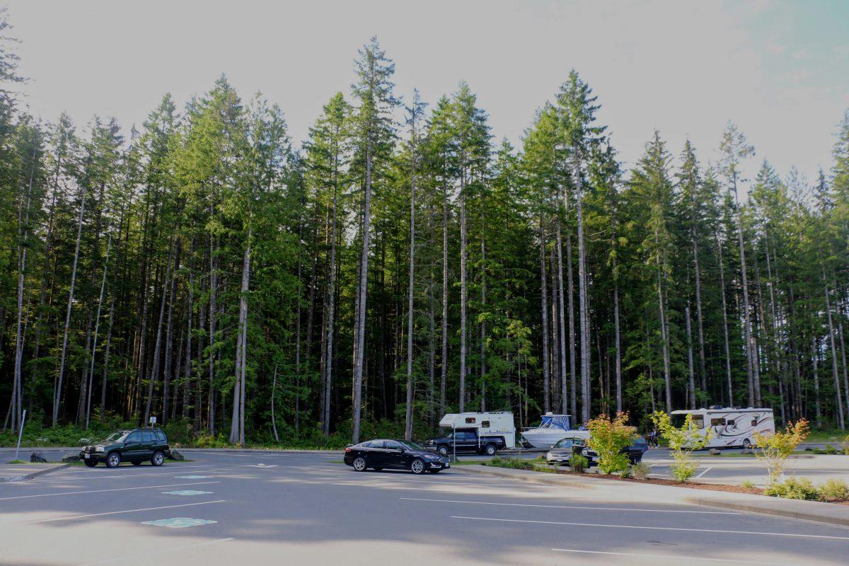 Elk Falls parking