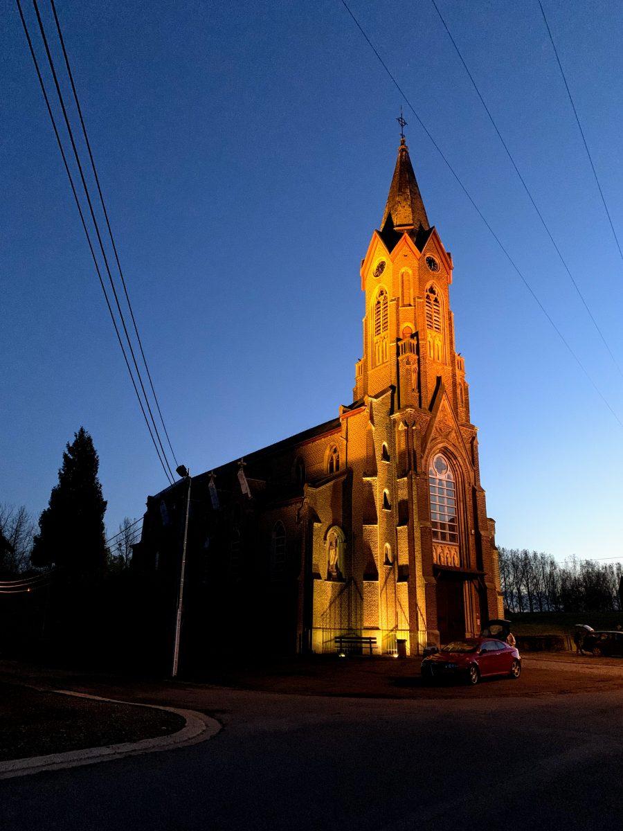 Kerk van Remersdaal verlichting