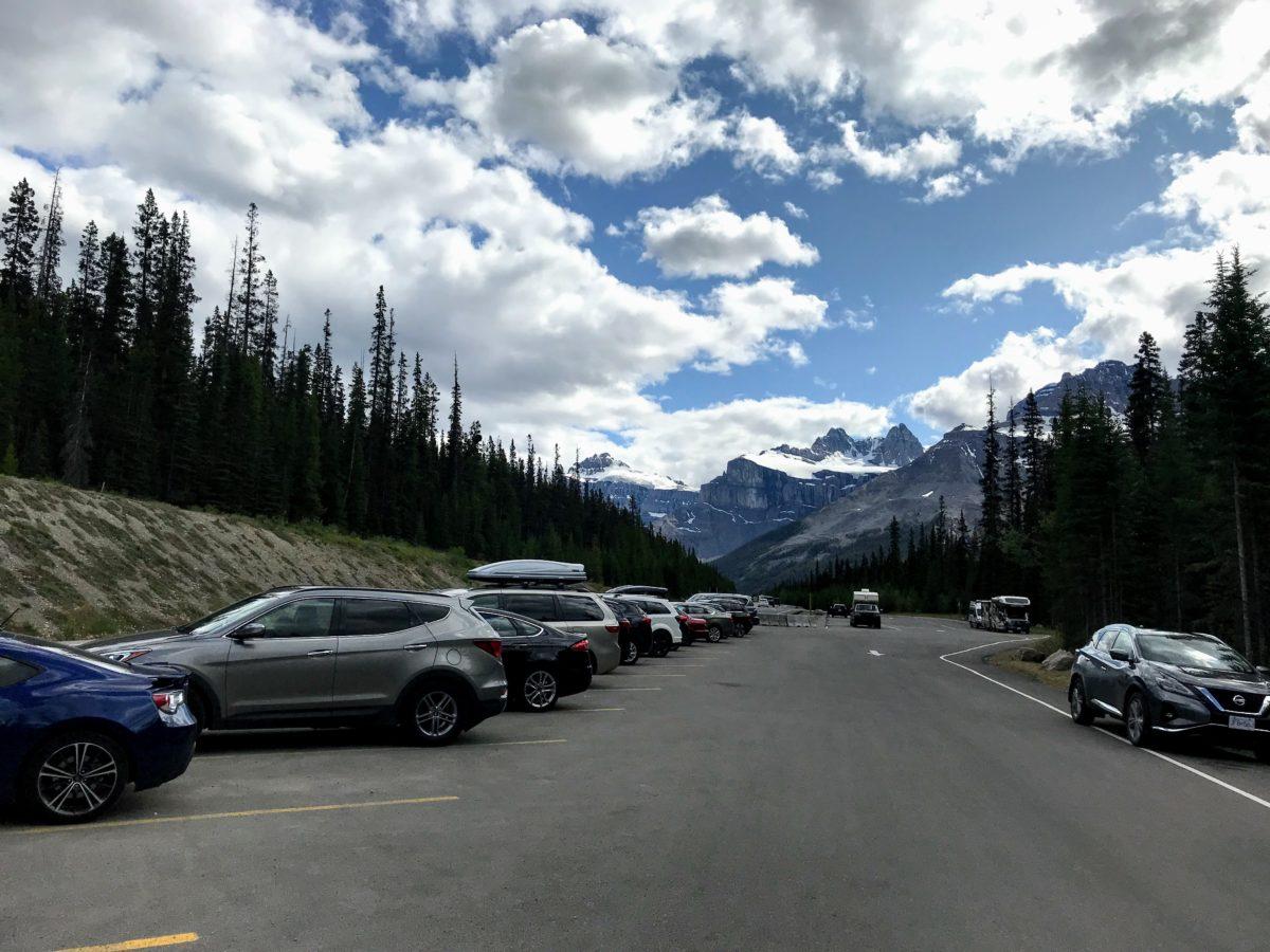 Mistaya Canyon parking