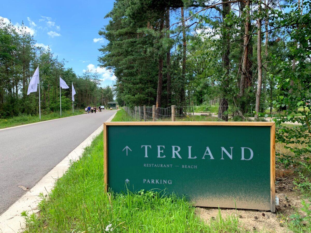Terland Parking